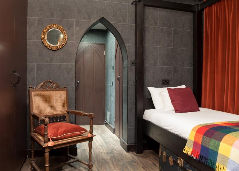 22 Harry Potter Hotel Pictures - 11