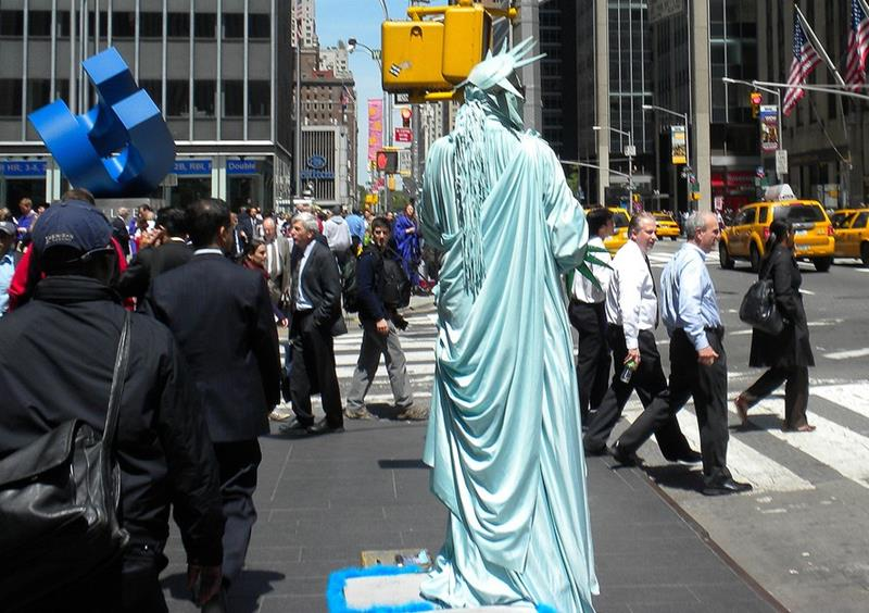 25 Pictures Proving New York is the Craziest-07