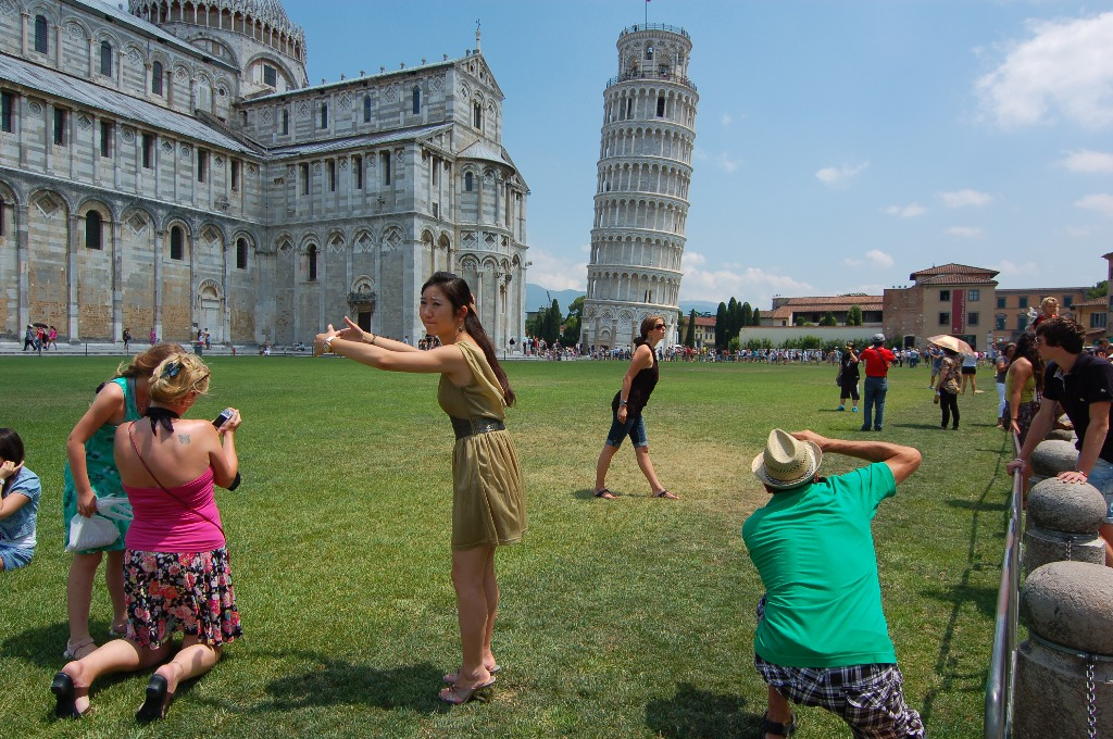 30 Most Disappointing Travel Destinations on Earth-014_pisa