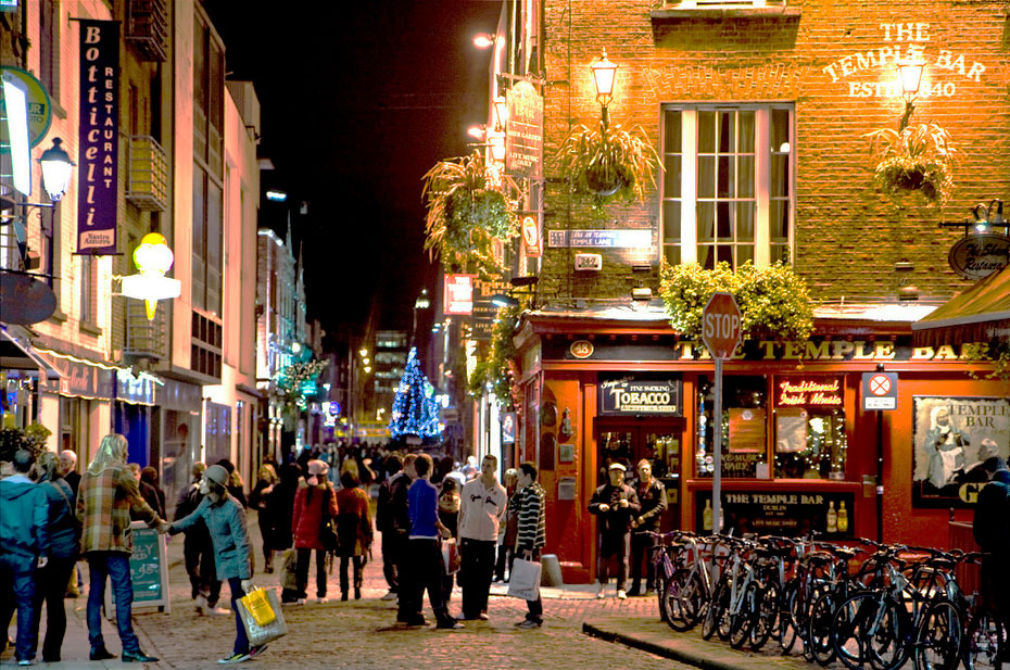 30 Most Disappointing Travel Destinations on Earth-029_dublin-templebar2