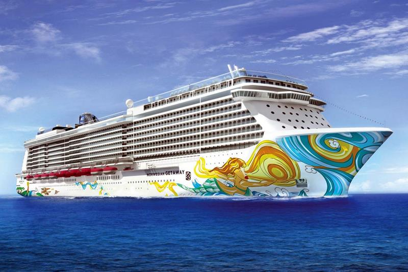 30 Pictures of Norwegian Getaway - 00