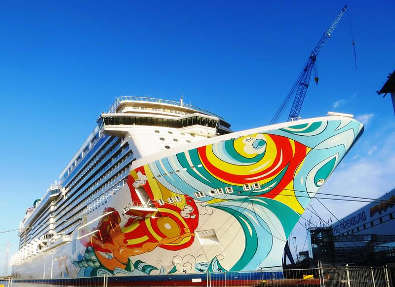 30 Pictures of Norwegian Getaway - 30