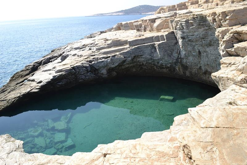 40 Most Unique Pools from Around the World-27