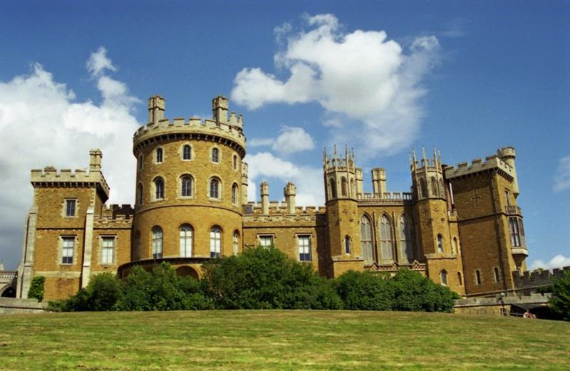 41 Magnificent Castles that You Can Visit-08.jpg
