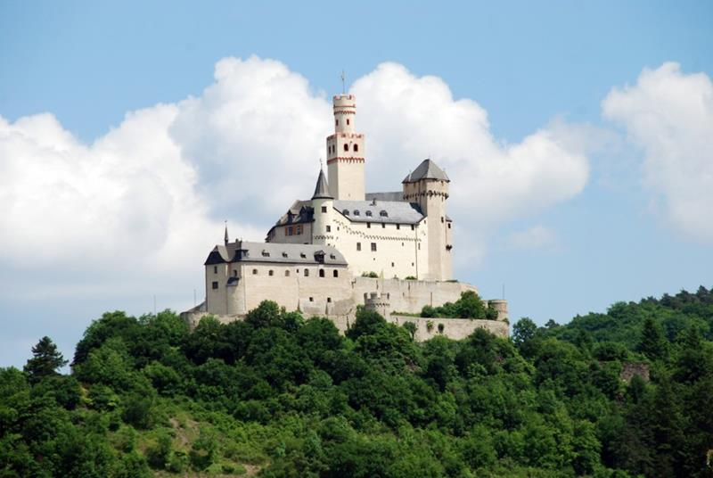 41 Magnificent Castles that You Can Visit-28.jpg