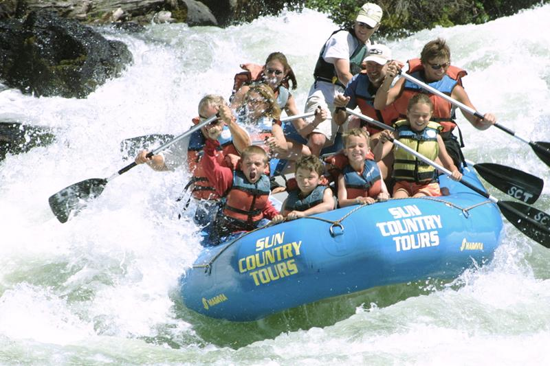 25 Images From The Best White Water Rafting Destinations In The US_11