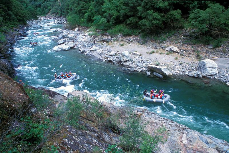 25 Images From The Best White Water Rafting Destinations In The US_5