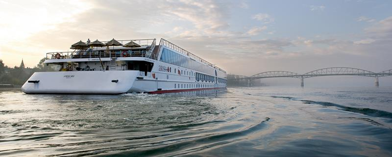31 Breathtaking Images from River Cruises-25