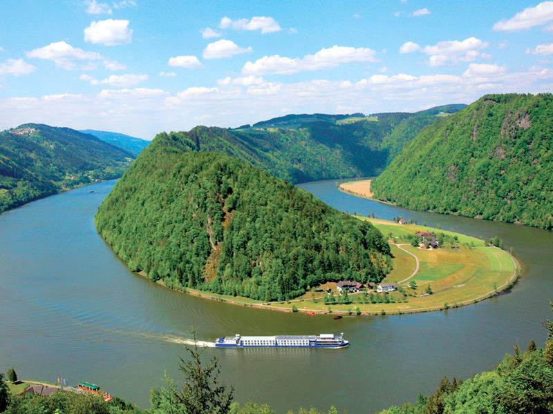31 Breathtaking Images from River Cruises-28