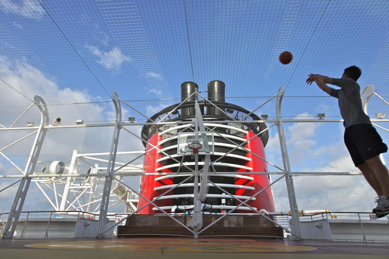 33 Pictures of Disney Cruise Lines New Ship-20