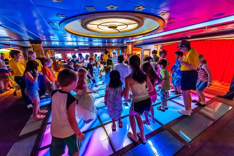 33 Pictures of Disney Cruise Lines New Ship-29