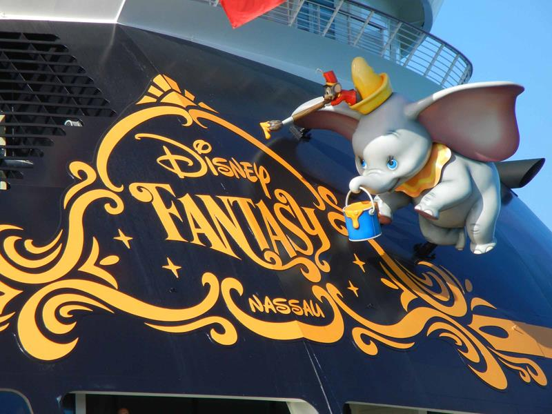 33 Pictures of Disney Cruise Lines New Ship-3