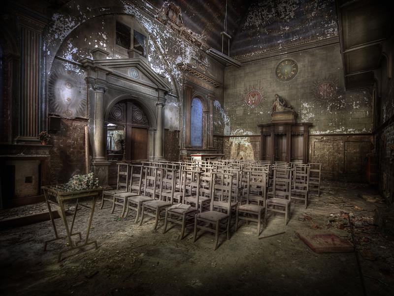 35 Scary and Haunted Abandoned Places-12