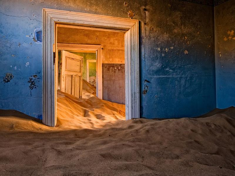 35 Scary and Haunted Abandoned Places-23