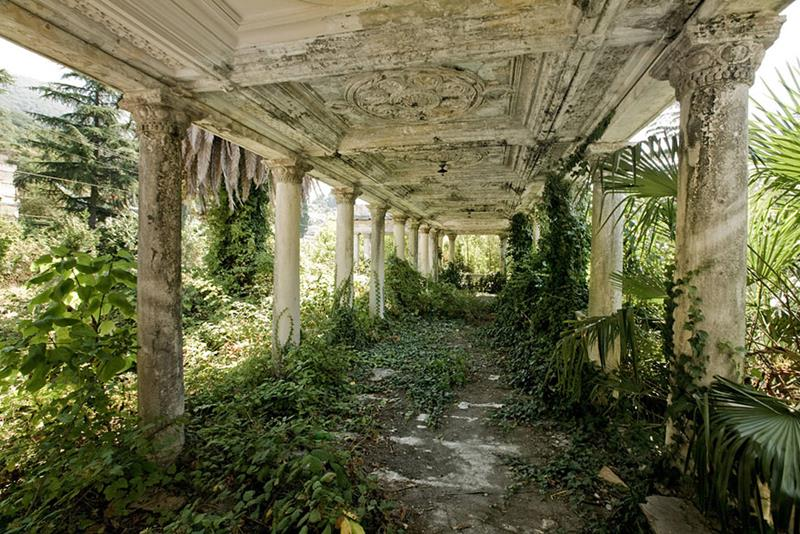 35 Scary and Haunted Abandoned Places-30
