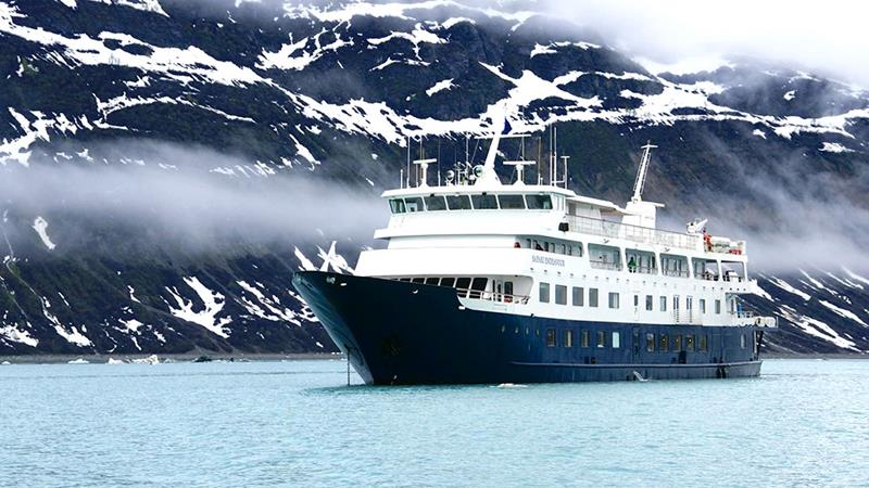 39 Amazing Pictures Proving You Should Consider Smaller Cruise Lines-22