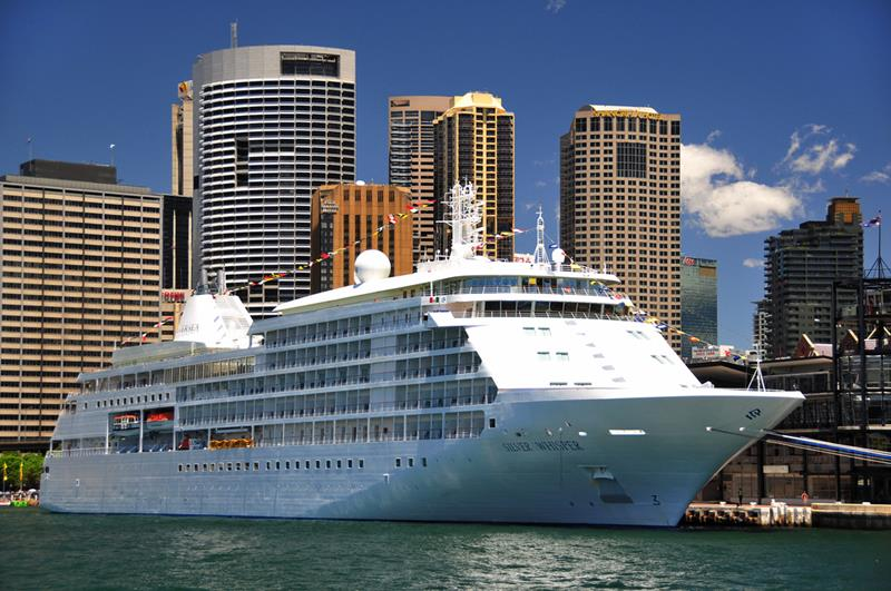 39 Amazing Pictures Proving You Should Consider Smaller Cruise Lines-33