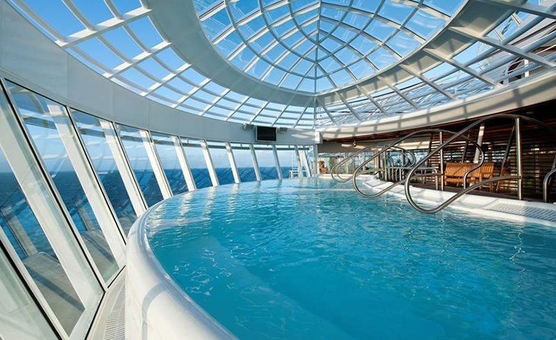 45 Stunning Photos from the Largest Cruise Ship Ever-19