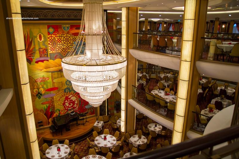 45 Stunning Photos from the Largest Cruise Ship Ever-32