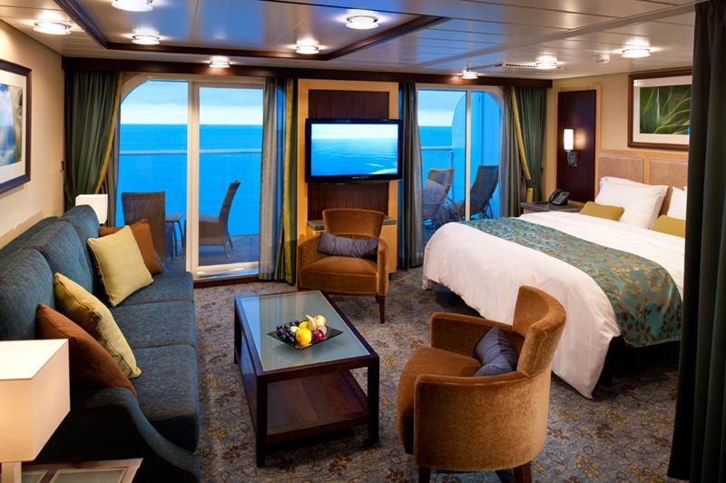 45 Stunning Photos from the Largest Cruise Ship Ever-41