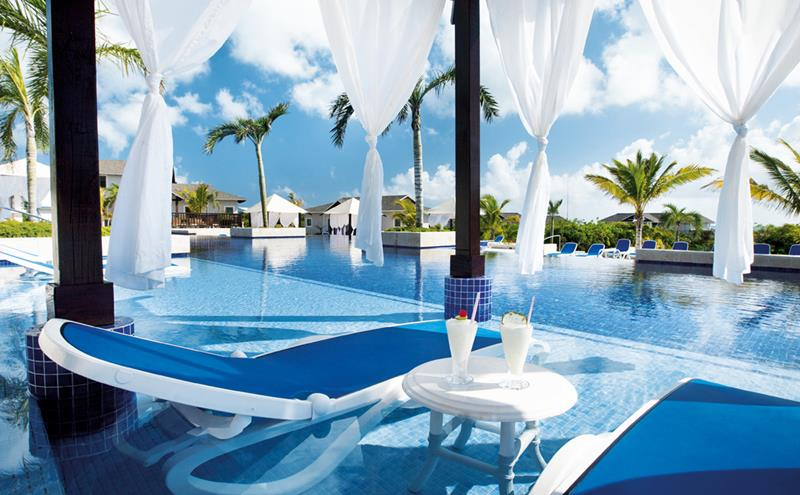 11 Amazing Pictures of the All Inclusive Royalton Cayo Santa Maria-3