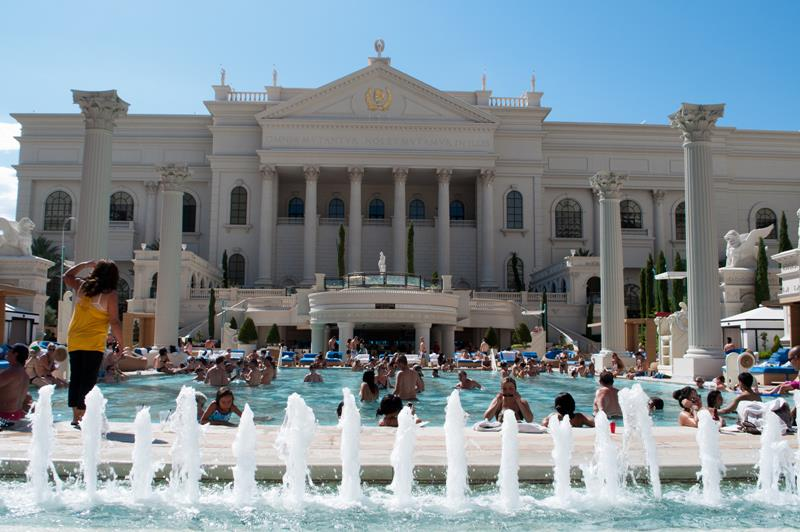 28 Stunning Photos from Caesars Palace in Las Vegas-15