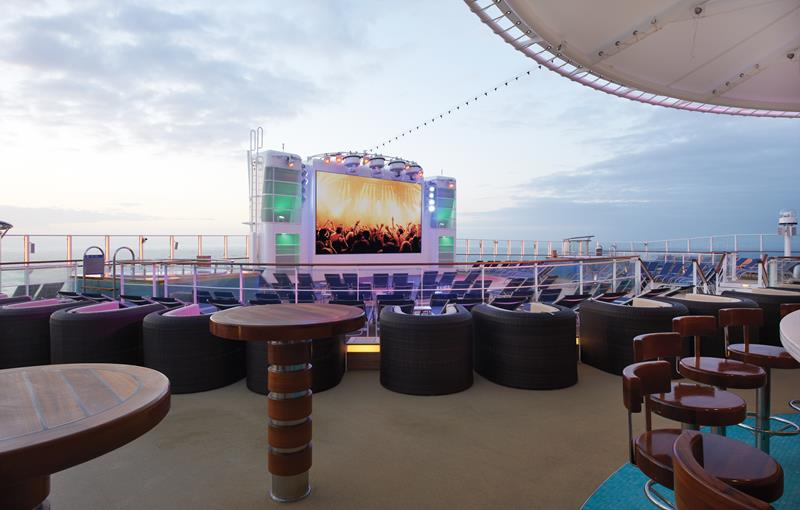 30 Stunning Photos From the New Norwegian Breakaway-13