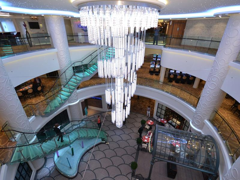 30 Stunning Photos From the New Norwegian Breakaway-15