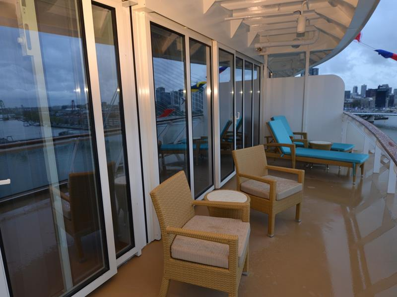 30 Stunning Photos From the New Norwegian Breakaway-26