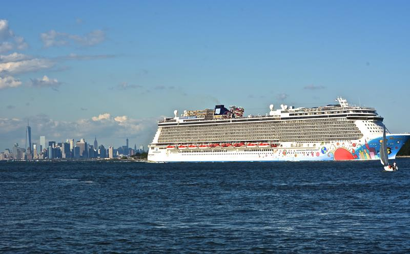 30 Stunning Photos From the New Norwegian Breakaway-29