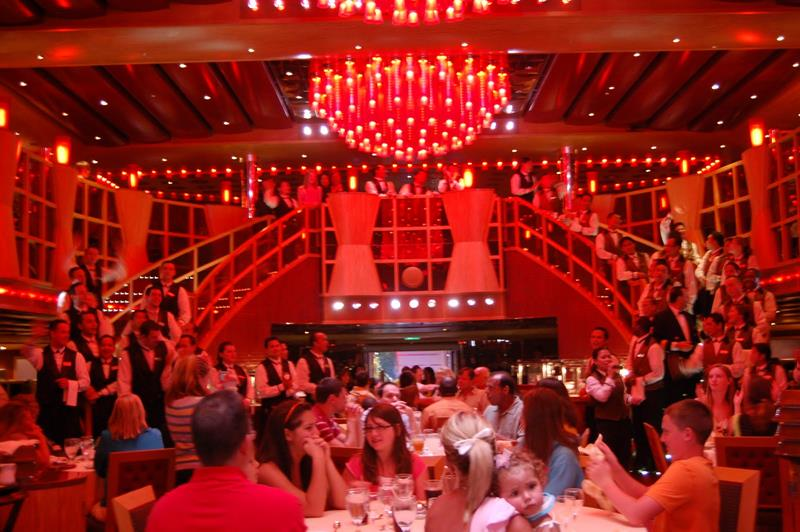 30 Stunning Pictures from the Carnival Dream-12