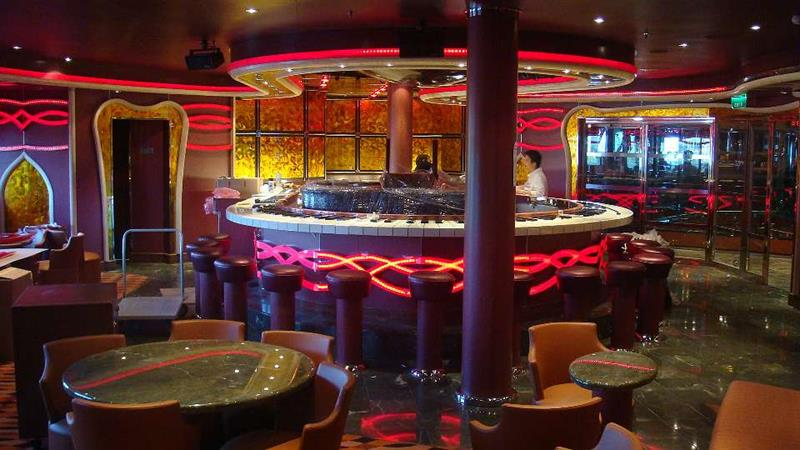 30 Stunning Pictures from the Carnival Dream-16