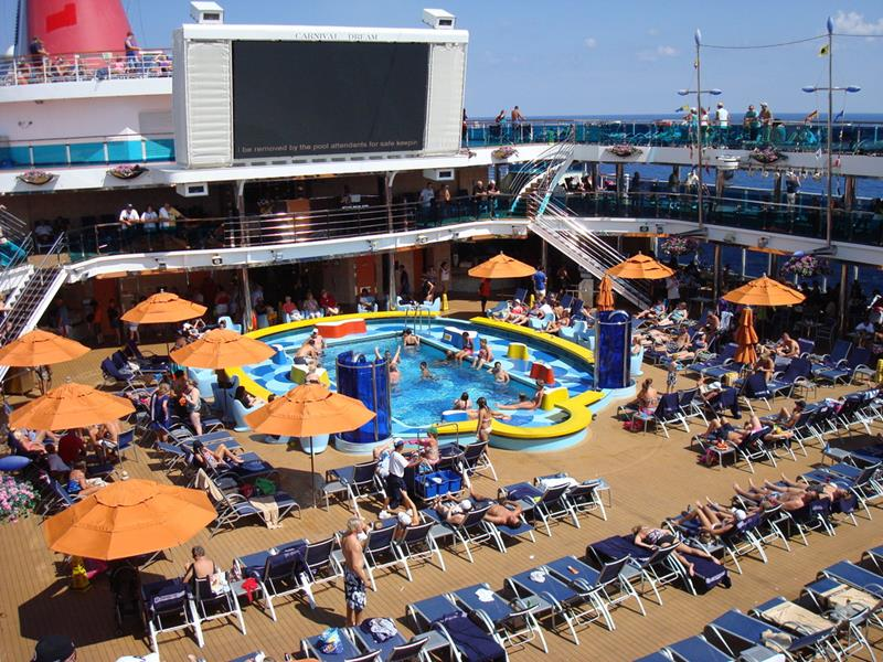 30 Stunning Pictures from the Carnival Dream-5