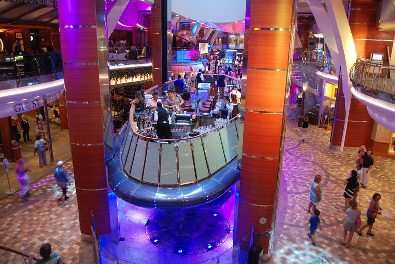 41 Breathtaking Pictures of the Royal Caribbean Oasis of the Seas-26