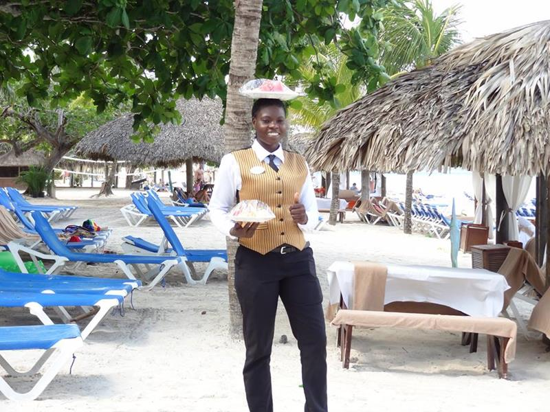 28 Pictures From the All Inclusive Beaches Negril Resort-25