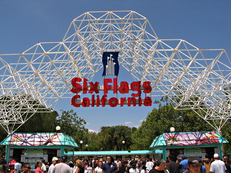 35 Pictures from Six Flags Magic Mountain-1