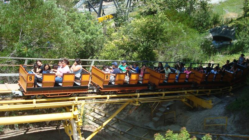 35 Pictures from Six Flags Magic Mountain-4