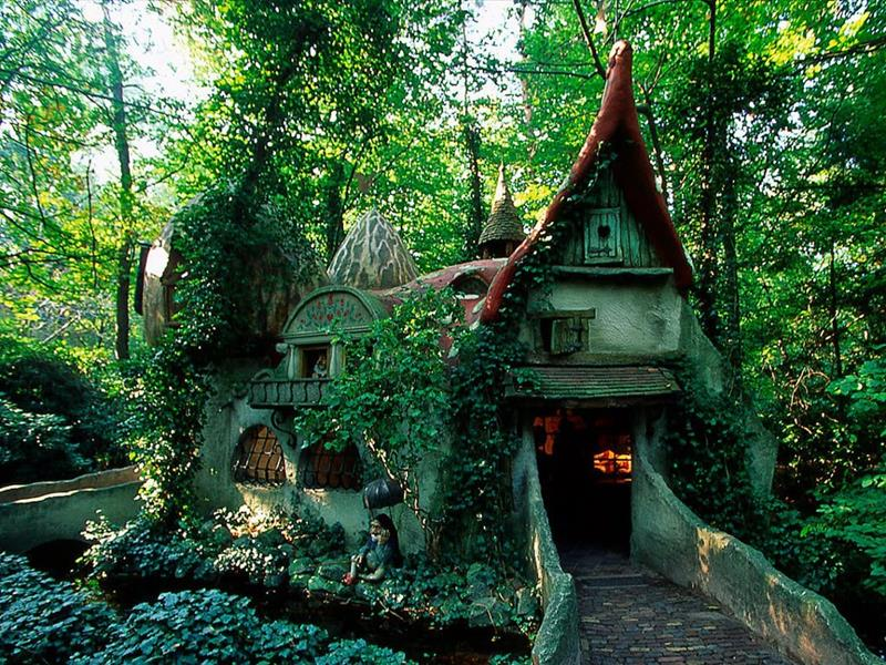 21 Real Places That Are Straight Out of a Story Book-07