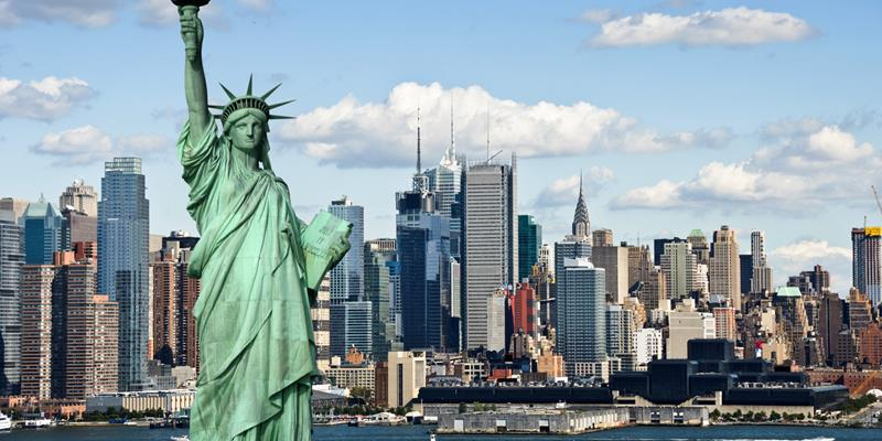 39 Touristy Things to do in New York City-title