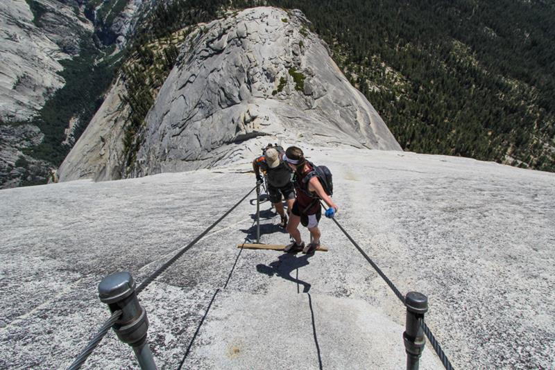 16 Jaw Dropping Pictures of the Mist Trail in Yosemite-15