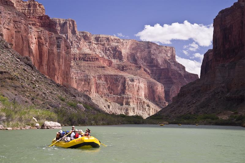16 Photos That Prove White Water Rafting in the Grand Canyon is Awesome-3