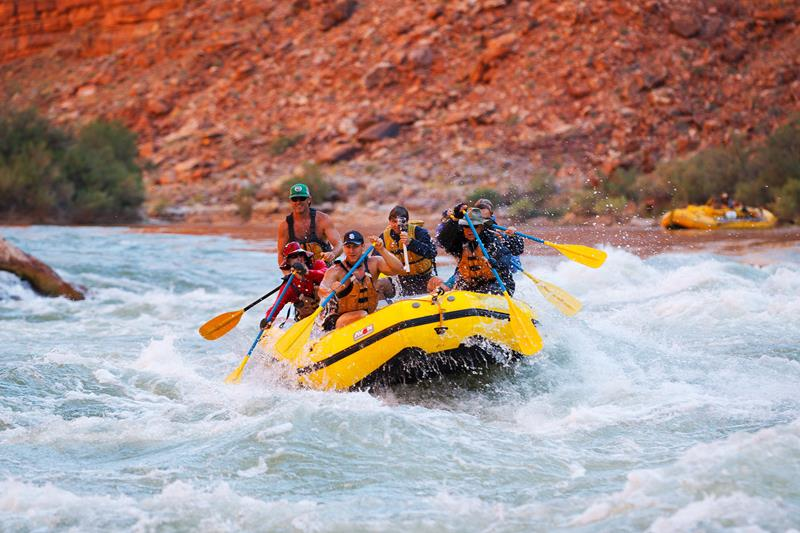 16 Photos That Prove White Water Rafting in the Grand Canyon is Awesome-4