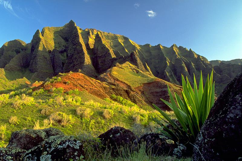 18 Breathtaking Pictures of the Kalalau Trail in Hawaii-12