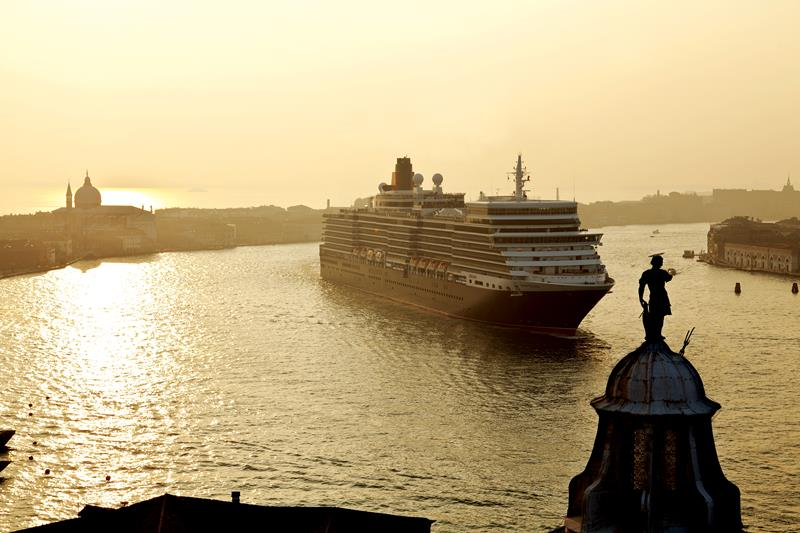 6 Stunning Cunard Cruises Offering an Amazing Discount-4d