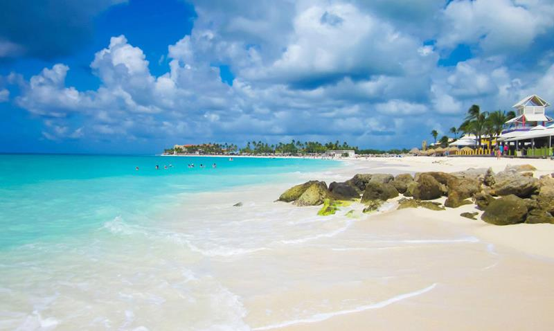 17 Beaches To Visit While In Aruba-title
