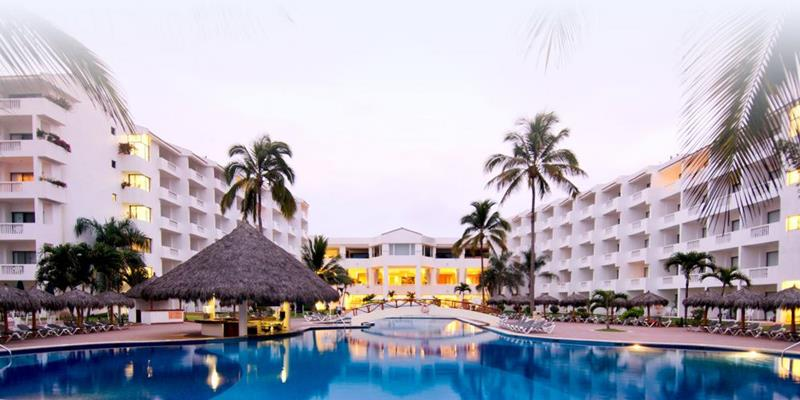 15 Pictures of the Best All Inclusive Resort In Mexico-title
