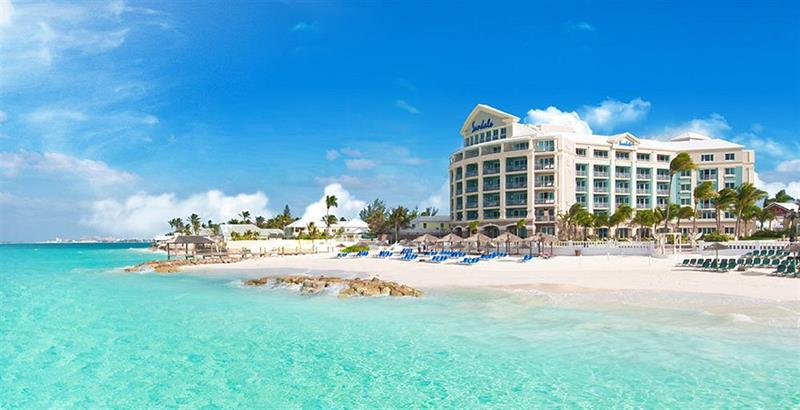16 Photos of the Best Resort in the Bahamas-title