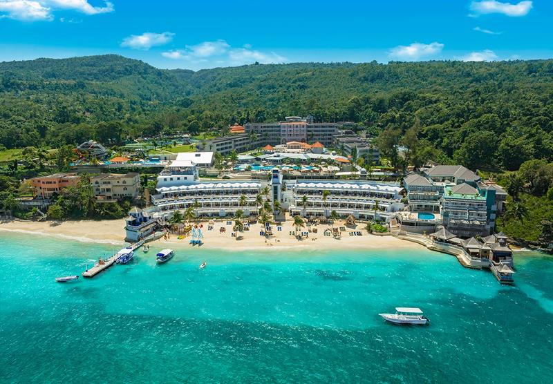 18 Pictures of the Best All Inclusive Resort In Jamaica-1