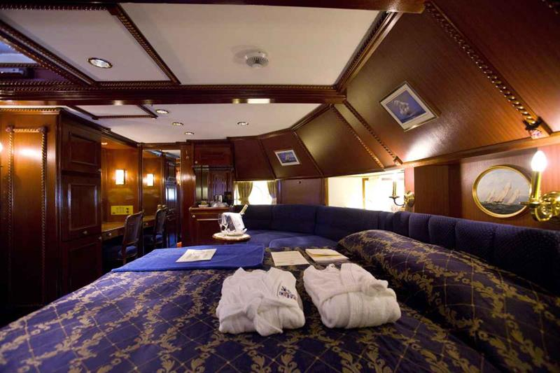 The 10 Best Luxury Cruise Ship Staterooms-4b