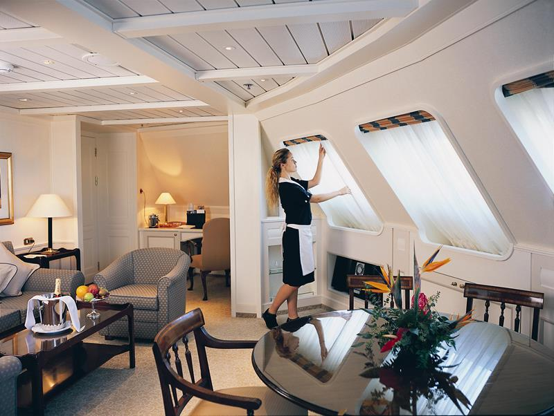 The 10 Best Luxury Cruise Ship Staterooms-5b